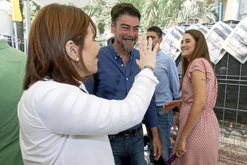 Bonig se despide de la consellera Mireia Mollà, este sábado en el racò de EL MUNDO.