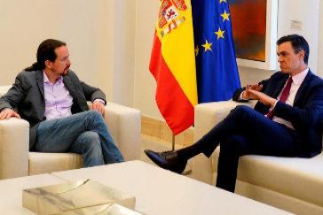 Reunión en Moncloa entre Pablo Iglesias (Unidas Podemos) y Pedro Sánchez (presidente del Gobierno en funciones).