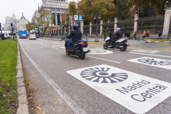 Entrada al área de Madrid Central en la calle de Alcalá.