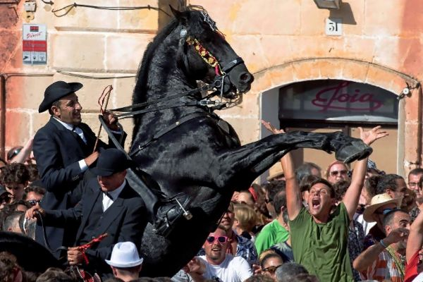 Ciutadella vibra con el Caragol des Born