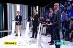 De izquierda a derecha Pedro Saura (PSOE), Daniel Lacalle (PP), Toni Roldán (Ciudadanos) y Nacho Álvarez (Podemos) el pasado 19 de marzo en un debate económico electoral en la Sexta