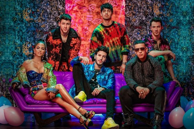 Jonas Brothers, Natti Natasha, Sebastián Yatra y Daddy Yankee en la...