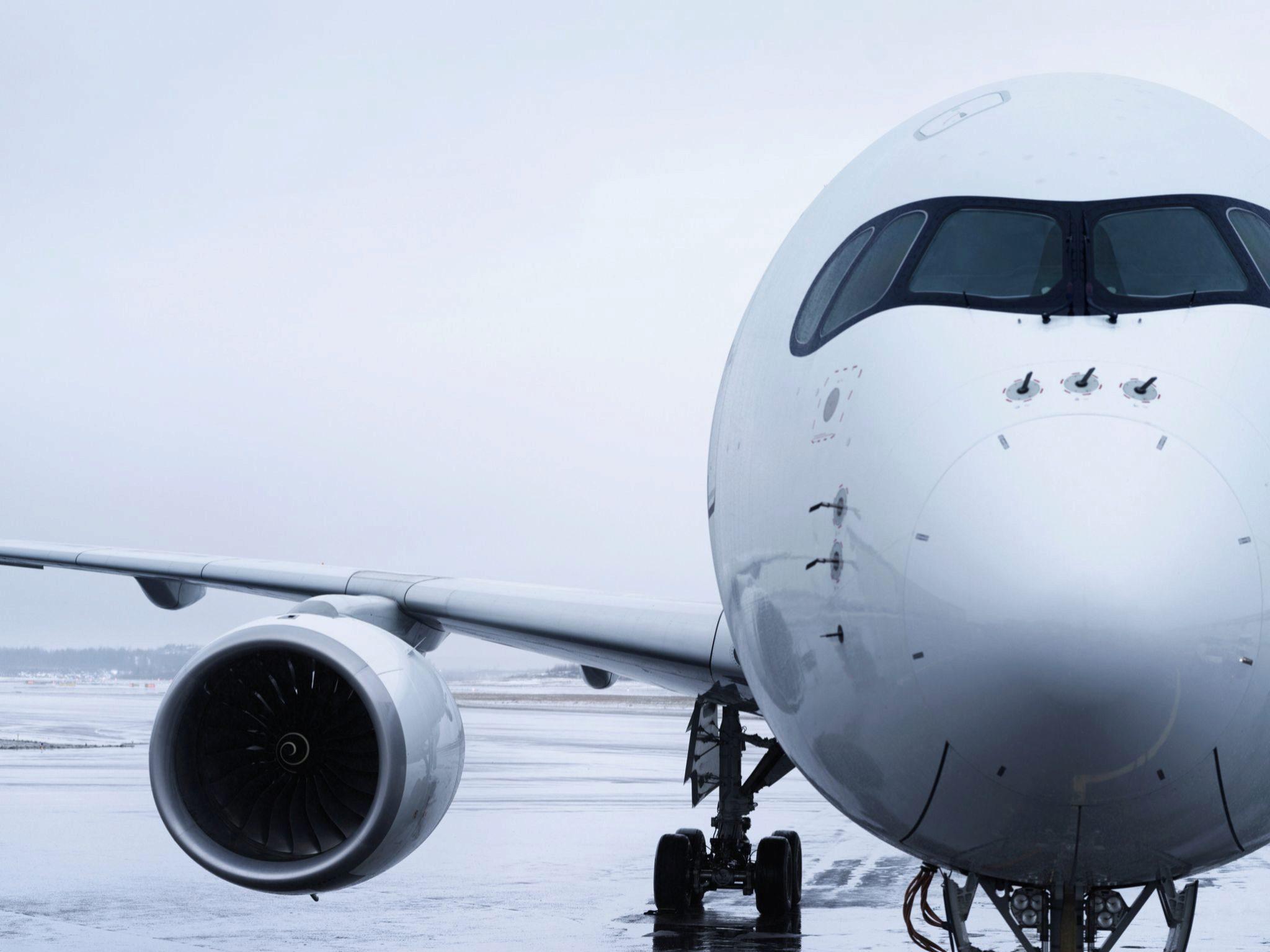 Imagen frontal de un A350 de la compañía Finnair.