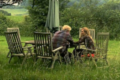 Boris Johnson y su pareja Carrie Symonds, en Sussex.