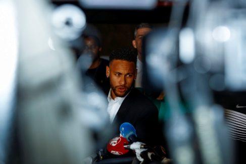 """El laberinto de Neymar: """"Hace cosas que no son buenas para él"""""""