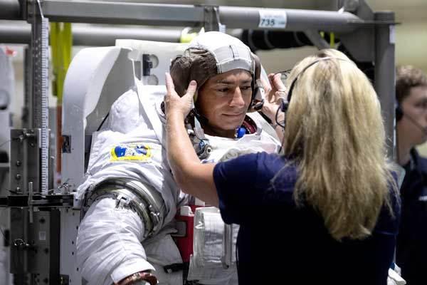 Back to the moon: La NASA se prepara para volver a la Luna en 2024