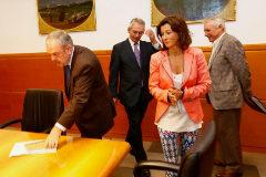 El consejero Azpiazu junto a Antón Damborenea, Laura Garrrido y el viceconsejero Alberto Alberdi.