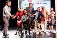 Blanca Marsillach con el elenco de 'Se vende ático'.