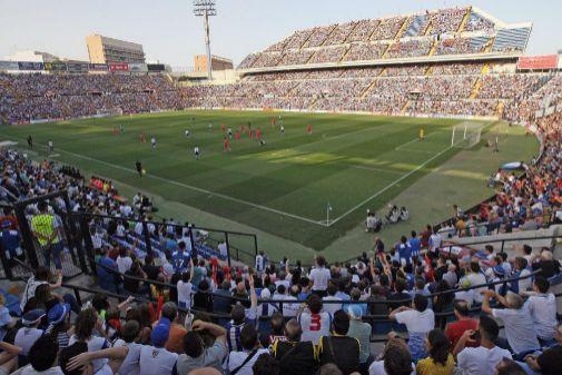 El Rico Pérez, abarrotado este pasado domingo con motivo del partido ante la Ponferradina.