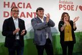 Ignacio Caraballo, en un acto del PSOE junto a Susana Díaz y al alcalde de Huelva, Gabriel Cruz.