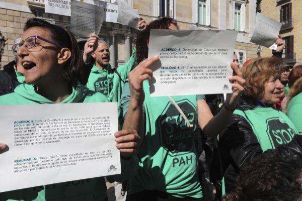 Protesta de la Plataforma de Afectados por las Hipotecas, en Barcelona.