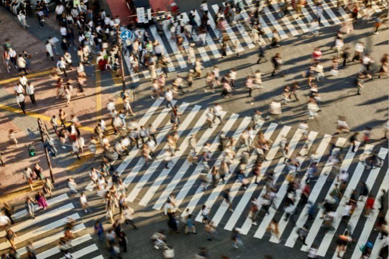 Shibuya es un barrio que, como otros de Tokio, está en...