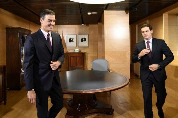 Reunión entre Sánchez y Rivera.