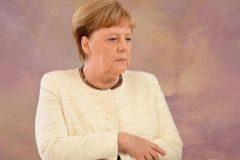 Merkel debe ser transparente