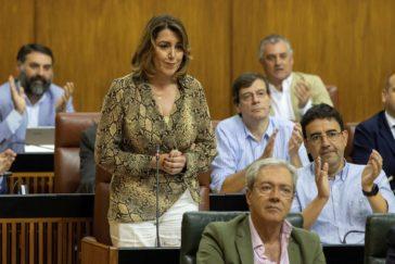 Susana Díaz, durante la sesión de control este jueves en el Parlamento.