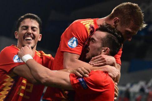 Una España sublime destroza a Francia y jugará por su quinto título europeo