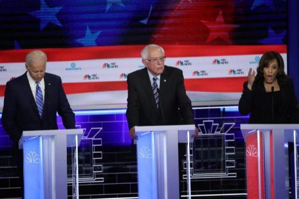 De izquierda a derecha, Joe Biden, Bernie Sanders y Kamala Harris.