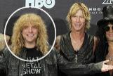 Adler, junto a sus compañeros de Guns N 'Roses, Matt Sorum (a su izquierda), Duff McKagan y Slash.