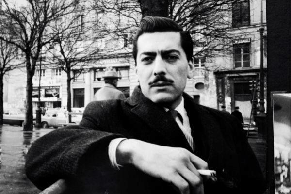 Mario Vargas Llosa en París, a principios de los años 60.