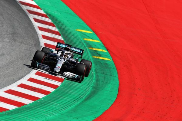 Hamilton, duranta la primera sesión libre del GP de Austria.