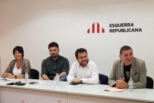 Maddalen Iriarte, Gabriel Rufián, Pere Aragonés y Arnaldo Otegi en la reunión de ERC y Bildu