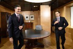 El presidente del Gobierno, Pedro Sánchez, reunido con el líder de Cs, Albert Rivera.