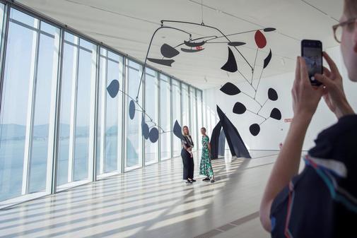 Una imagen de la exposición 'Calder stories' en el Centro Botín de Santander.