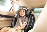 Cómo colocar la sillita infantil para que tu hijo viaje seguro
