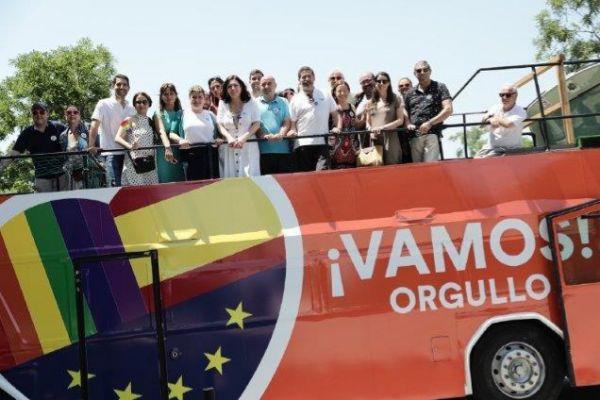 El autobús de Cs circulará por las calles de Barcelona durante el desfile