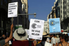 10.000 personas exigen a Almeida que mantenga Madrid Central