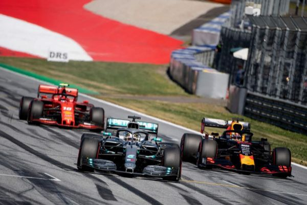 TOPSHOT - (L-R) Ferrari's Monegasque driver Charles Leclerc, Mercedes' British driver Lewis <HIT>Hamilton</HIT> and Red Bull Racing's Dutch driver Max Verstappen during the qualifying session of the Austrian Formula One Grand Prix in Spielberg on June 29, 2019. - Ferrari's Charles Leclerc shut out Lewis <HIT>Hamilton</HIT> to take pole for the Austrian Grand Prix with a new lap record in final qualifying on Saturday. (Photo by CHRISTIAN BRUNA / POOL / AFP)