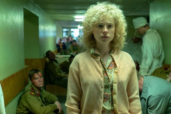 La actriz Jessie Buckley interpreta a Liudmila Ignatenko en 'Chernobyl'.