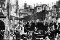 Venecia, el papel se hace agua y forra los cuadernos