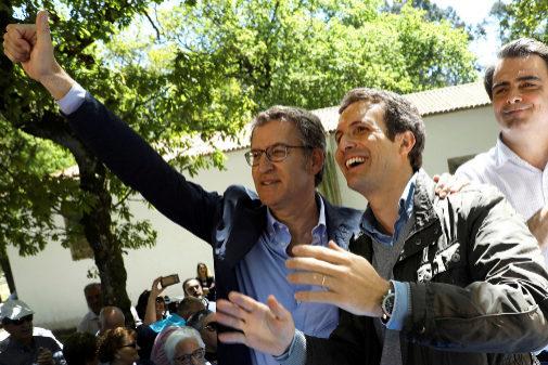 Pablo Casado y Alberto Núñez Feijóo, en un acto en Galicia