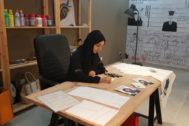 Samah Hashim en su estudio.