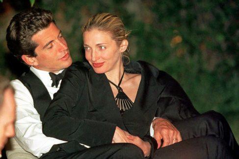John John Kennedy y Carolyn Bessette, un matrimonio no muy idílico. Consumían drogas y tuvieron amantes