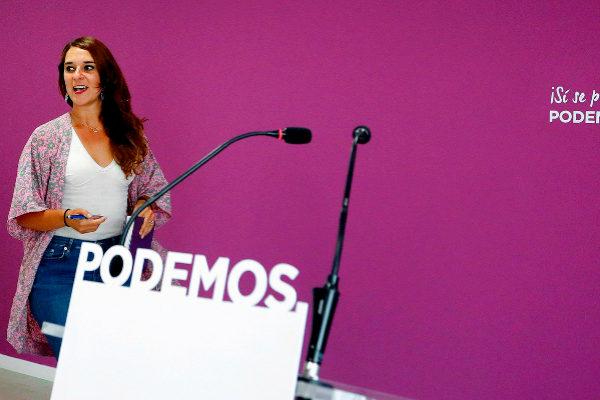 La portavoz de Podemos, Noelia Vera, en una rueda de prensa tras el...
