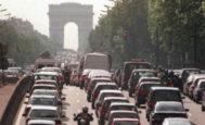 Imagen de un atasco en París.