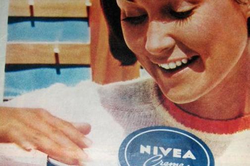 Publicidad antigua de Nivea.