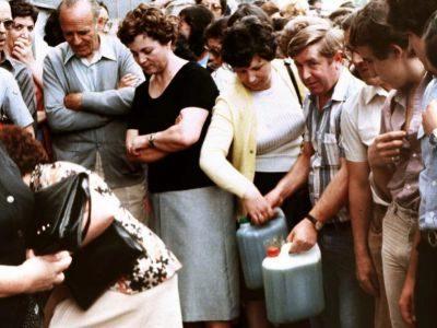 Víctimas del aceite de colza durante u intercambio por aceite de oliva en 1981.