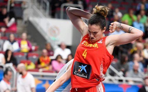 Laura Nicholls, durante un partido del Eurobasket.
