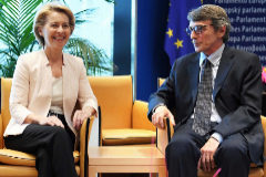 German Defence Minister and newly-appointed EU commission Ursula von der Leyen (L) meets President of the European Parliament David-Maria <HIT>Sassoli</HIT> during the first plenary session of the newly elected European Assembly at the European Parliament on July 03, 2019 in Strasbourg, eastern France. (Photo by FREDERICK FLORIN / AFP)
