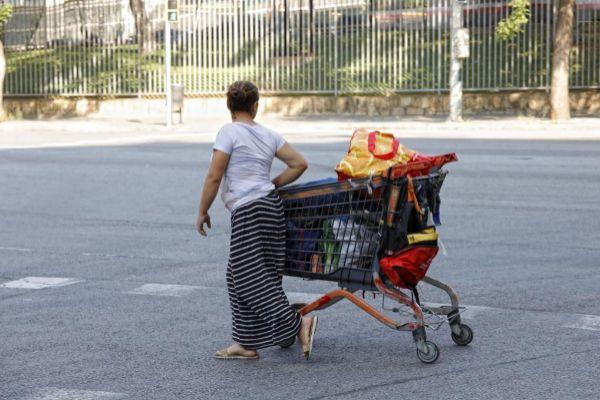 <HIT>SANTI</HIT> <HIT>COGOLLUDO</HIT> Barcelona, Catalunya 03.07.2019 La organizacion Caritas Diocesana ha presentado el informe sobre el indice de pobreza en Barcelona.