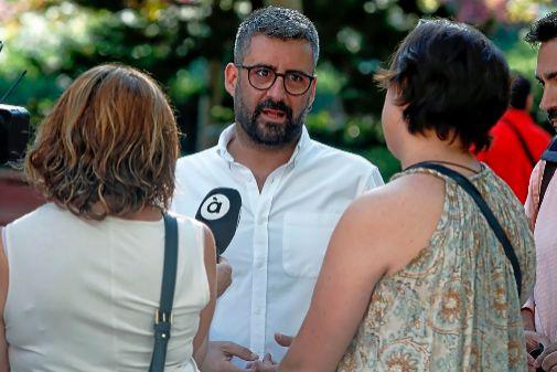 El concejal de Valencia, Pere Fuset, a su llegada a la Ciudad de la Justicia para declarar por los contratos de Expojove.
