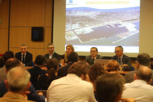 España y Marco presiden, ayer, la jornada donde 7 de los puertos mediterráneos defendieron la urgencia del Corredor.