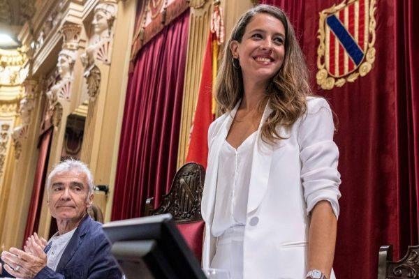 La diputada de Unidas Podemos, Gloria Santiago, en el Parlament balear.