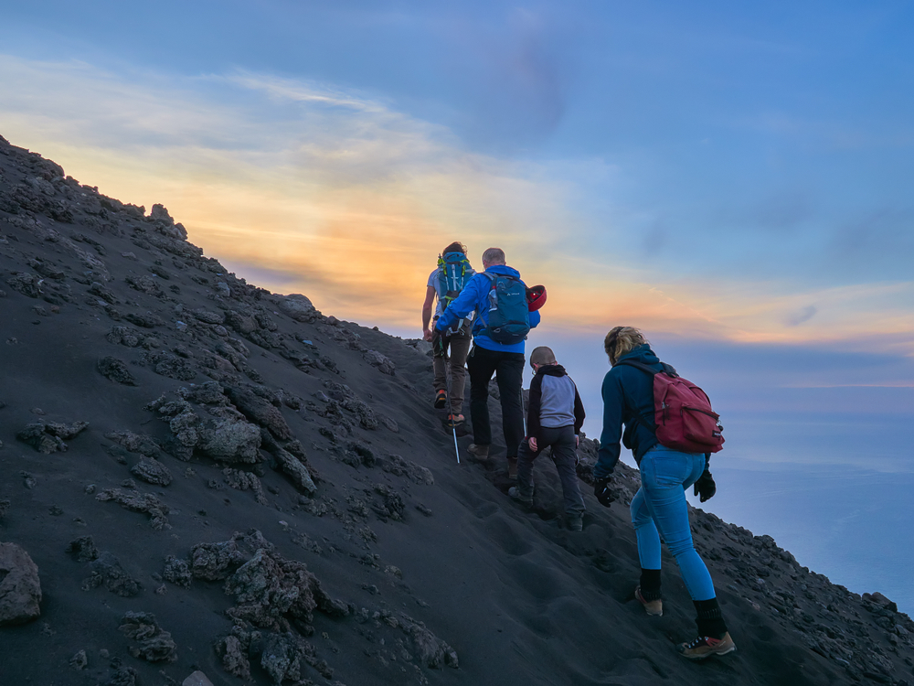 El Stromboli ha sido el último volcán en entrar en erupción. Y lo...