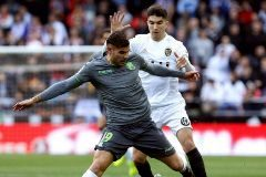 El Valencia arranca ante la Real Sociedad y el Levante en Vitoria