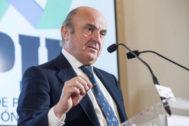 El vicepresidente del BCE, Luis de Guindos, en una reciente comparecencia en Santander.