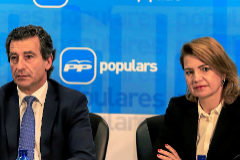EL presidente del PP balear, Biel Company, con la presidenta del PP de Palma, Marga Durán, en una comparecencia ante los medios.